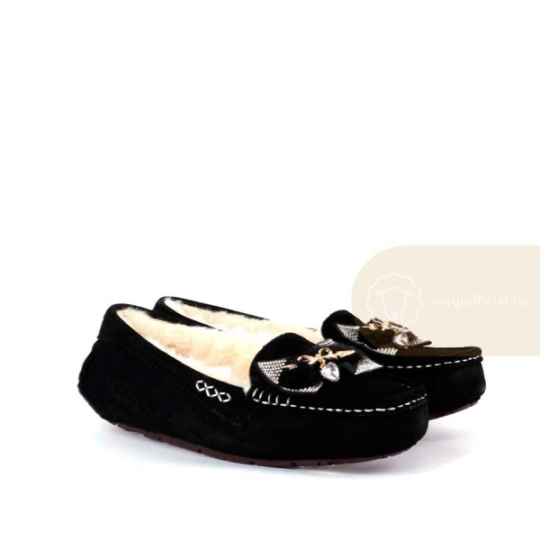UGG Moccasins Dakota Arrows and Heart Black